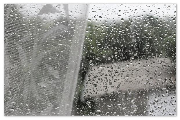 fenêtre pluie.jpg